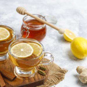 heißer Honig mit Zitrone / Limette und Ingwer - Rezept für den Powerdrink